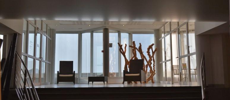 le sofitel de biarritz, le miramar, accueille une thalassothérapie très moderne et un espace soin très performant