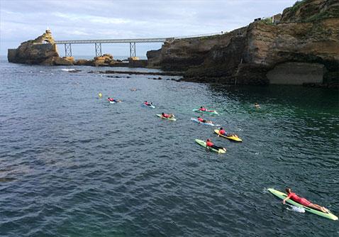les filles en espadrilles vous présentent les stages d'été du biarritz sauvetage côtier pour les enfants